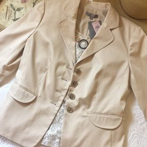 NWT Ann Taylor neutral fitted blazer